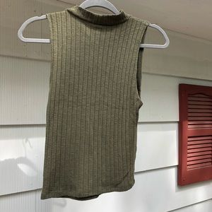 American Eagle Outfitters Tops - 🌿 AE   High Neck Cropped Tank Top